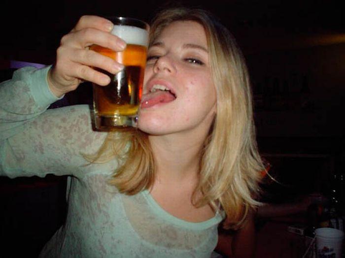 напивающиеся девки-лр2