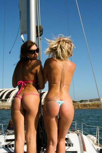 Подборка женских попок на яхтах