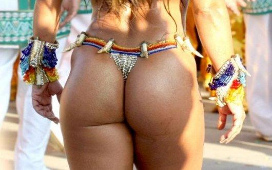 бразильские голые попы фото