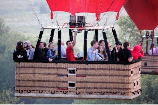 Полетаем на воздушном шаре?