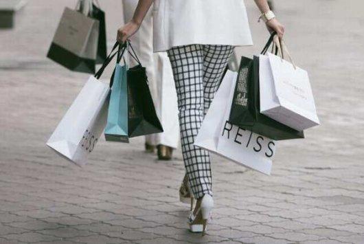 Как в магазинах одежды обманывают покупателей